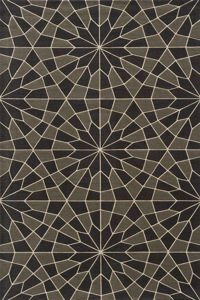 geometric-patterned-rug